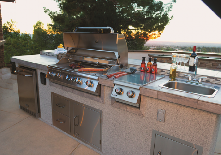 The Outdoor Kitchen of Your Dreams Is Waiting! europe, bbq europe, bull bbq europe